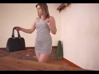 Julia Ann porr röret moms stora blygdläppar